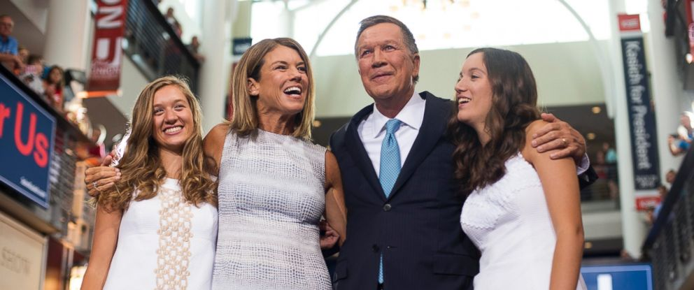 PHOTO: John Kasich stands with his wife Karen (left center) and his daughters Emma (left) and Reese (right) after giving his speech announcing his 2016 Presidential candidacy at Ohio State University, July 21, 2015 in Columbus, Ohio.