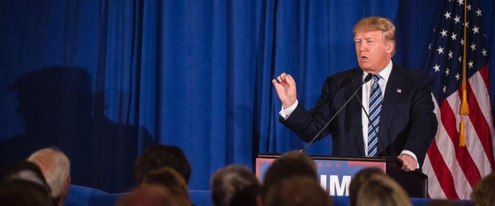 PHOTO: Donald Trump speaks at a campaign event held in Kiawah Island, South Carolina, Feb. 18, 2016.