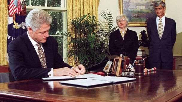 GTY bill clinton jef 140314 16x9 608 Did Bill Clinton Write Bull**** on Draft of 94 Address to the Nation?