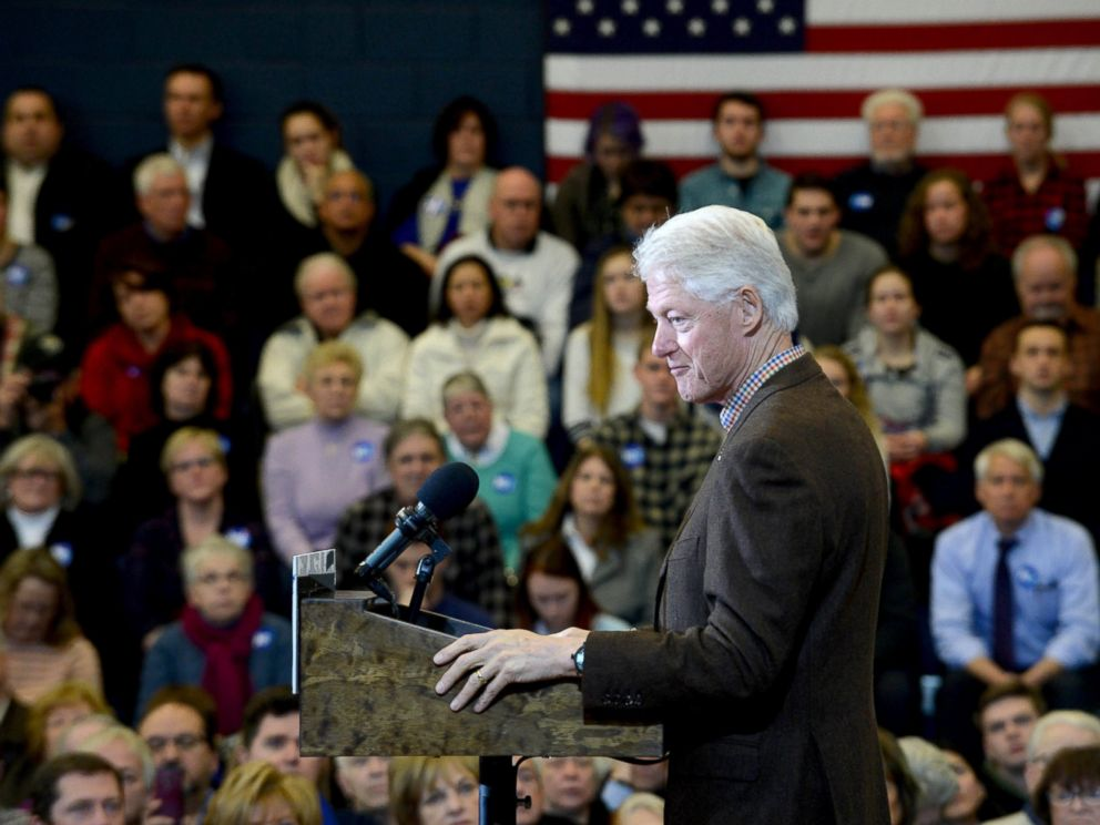 PHOTO: Bill Clinton campaigns for his wife, Democratic president candidate Hillary Clinton, at Nashua Community College, Jan. 4, 2016, in Nashua, New Hampshire.