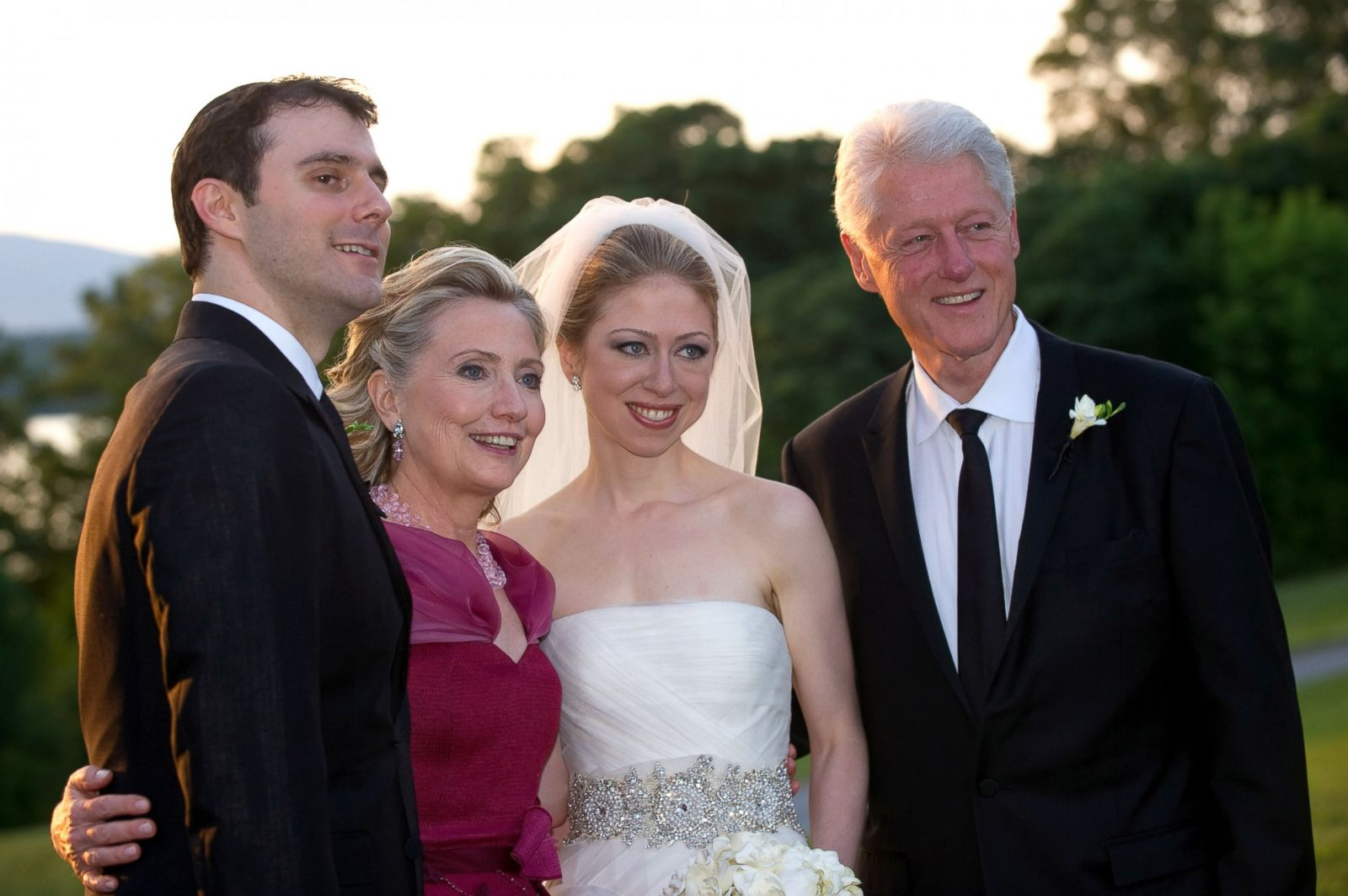 Chelsea Clinton Through The Years Photos Image 10 Abc