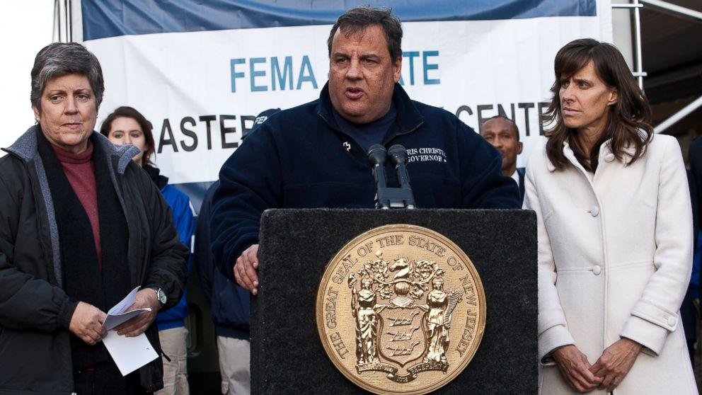 PHOTO: New Jersey Governor Chris Christie (C) is joined by Secretary Janet Napolitano (L) of Department of Homeland Security (DHS) and Mayor Dawn Zimmer (R) of Hoboken during a joint press conference on Nov. 4, 2012 in Hoboken, N.J.