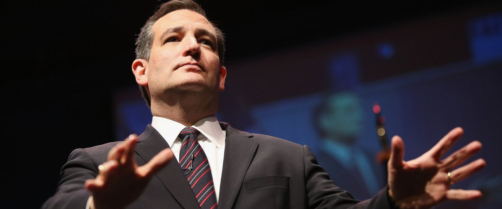 PHOTO: Ted Cruz speaks to guests gathered at the Point of Grace Church for the Iowa Faith and Freedom Coalition 2015 Spring Kickoff on April 25, 2015 in Waukee, Iowa.