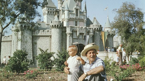 PHOTO: walt disney, disney castle, disneyland