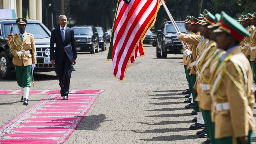 PHOTO: President Barack Obama reviews Ethiopian troops during a welcoming ceremony at the National Palace, July 27, 2015, in Addis Ababa, Ethiopia.