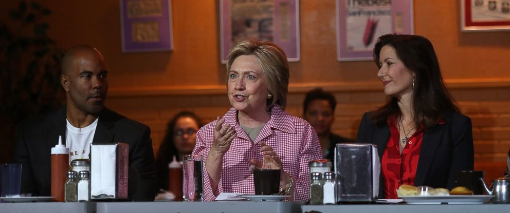 PHOTO:Democratic presidential candidate Hillary Clinton speaks during a roundtable discussion at Home of Chicken and Waffles, May 27, 2016, in Oakland, Calif.