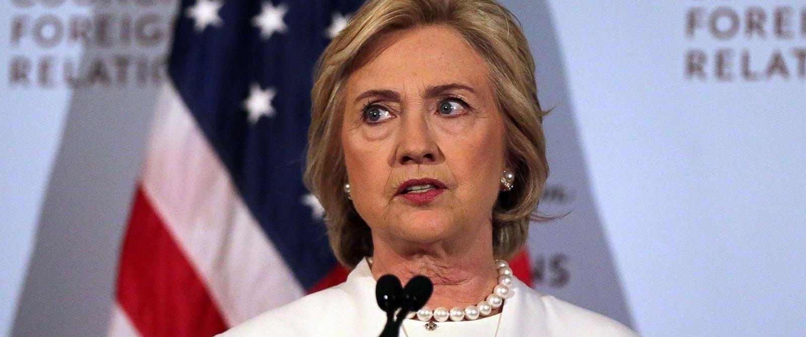 PHOTO: Hillary Clinton gives a speech, Nov. 19, 2015, in New York City.