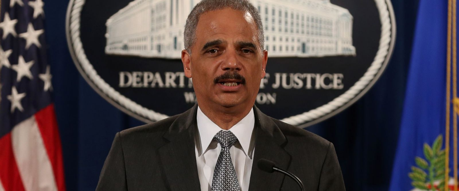 PHOTO: Eric Holder speaks at the Justice Department on Dec. 3, 2014 in Washington, D.C.