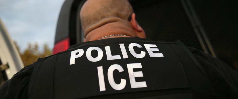 PHOTO: U.S. Immigration and Customs Enforcement (ICE) agents detain an immigrant, Oct. 14, 2015 in Los Angeles.