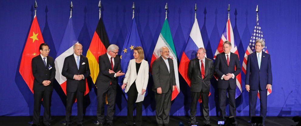 PHOTO: World leaders meet following an announcement on the Iran nuclear talks, April 2, 2015, inLausanne,Switzerland.
