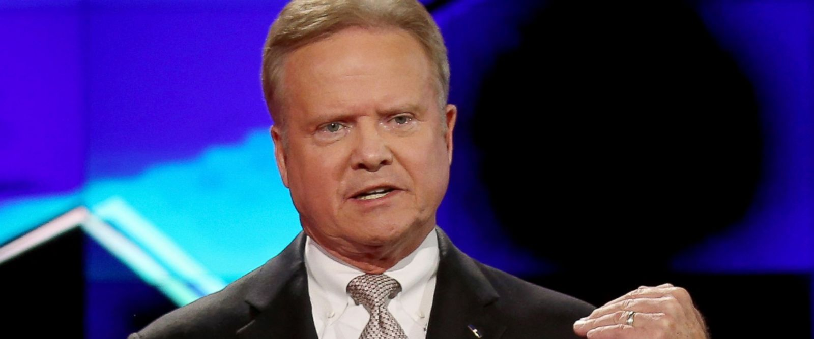 PHOTO: Democratic presidential candidate Jim Webb takes part in a presidential debate sponsored by CNN and Facebook at Wynn Las Vegas, Oct. 13, 2015.