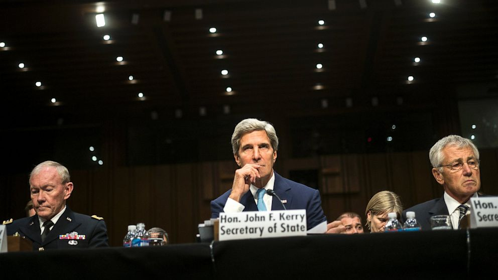 PHOTO: john kerry