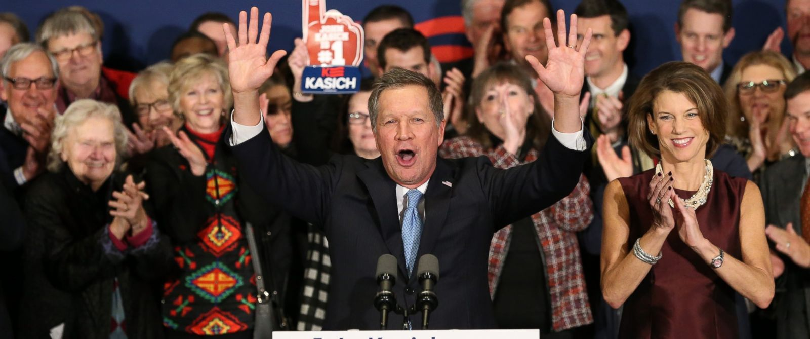 PHOTO:John Kasich speaks at a campaign gathering with supporters upon placing second place in the New Hampshire republican primary, Feb. 9, 2016, in Concord, N.H.
