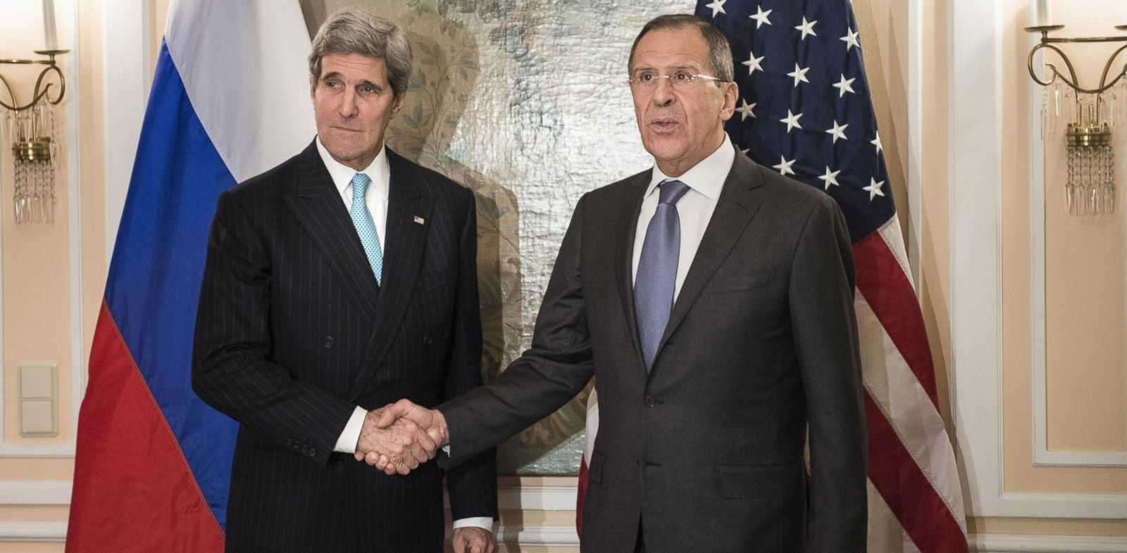 PHOTO: U.S. Secretary of State John Kerry, left, is pictured with Russian Foreign Minister Sergey Lavrov, right, on Jan. 31, 2014 in Munich, Germany.