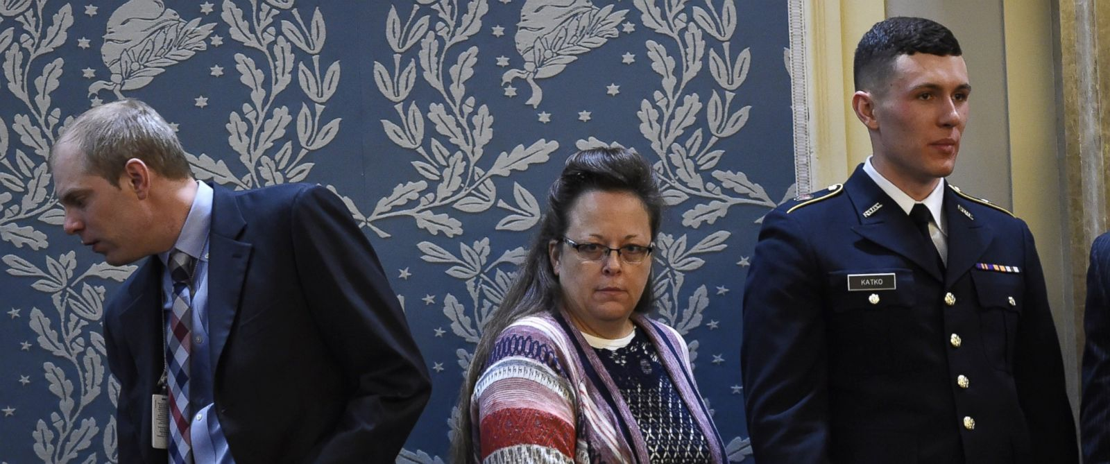 PHOTO: Kim Davis, center, the Rowan County clerk in Kentucky, arrives before President Barack Obama delivers the State of the Union Address during a Joint Session of Congress at the Capitol in Washington, D.C., Jan. 12, 2016.