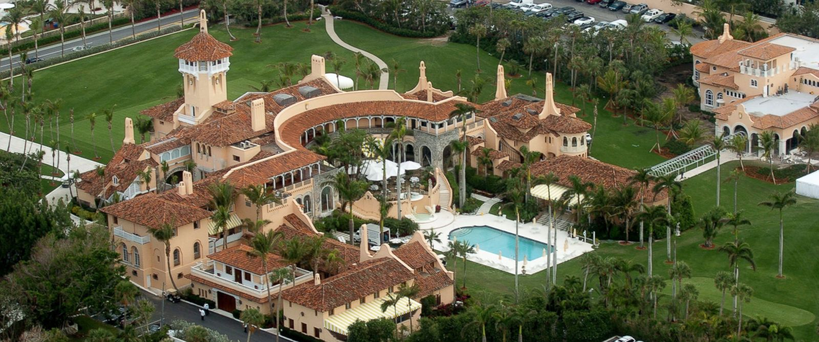 trump family celebrates thanksgiving at mar a lago in florida