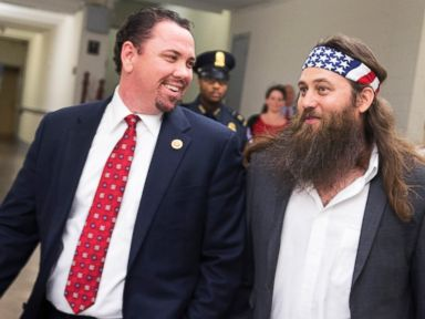Duck Dynasty Star Counsels Kissing Congressman
