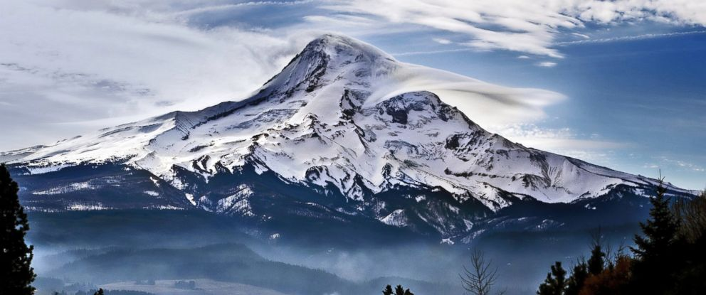 PHOTO: Mount Hood is seen in this undated stock photo.