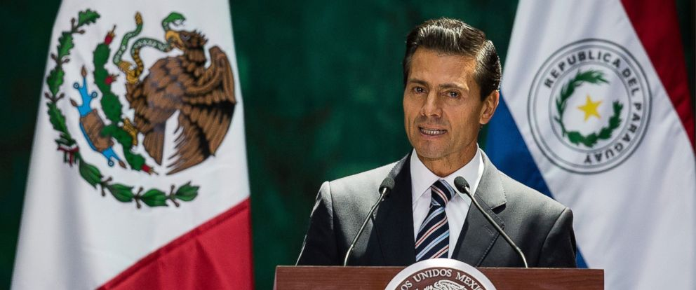 PHOTO: President of Mexico Enrique Pena Nieto hold a press conference after their meeting at Palacio Nacional in Mexico City, Mexico, Aug. 26, 2016.