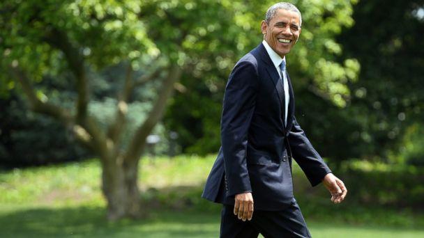 GTY obama kab 140609 16x9 608 Obama Makes A Surprise Starbucks Run