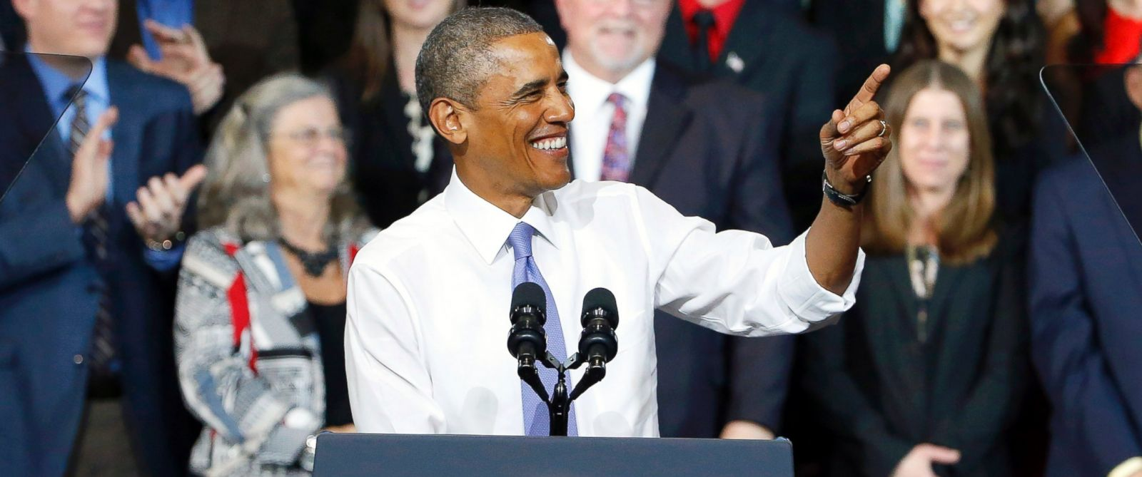 PHOTO: President Barack Obama speaks at Central High School in Phoenix, Jan. 8, 2015.