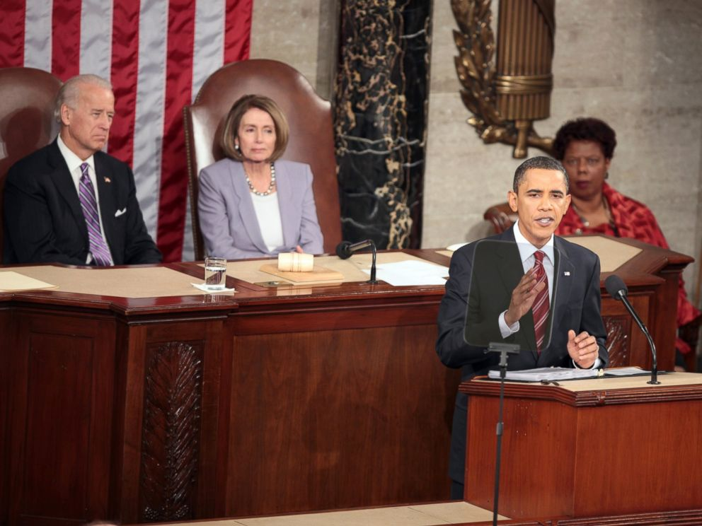 PHOTO: President Barack Obama gives his State of the Union address to Congress on Capitol Hill, Jan. 27, 2010 in Washington.