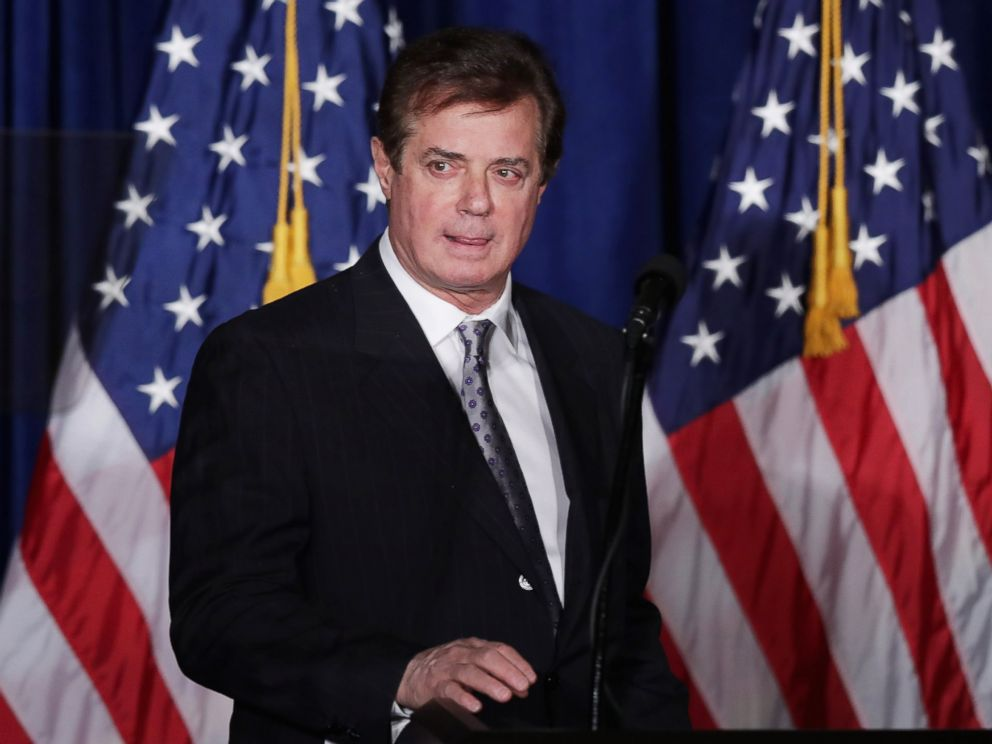 PHOTO: Paul Manafort checks the teleprompters before Trumps speech at the Mayflower Hotel, April 27, 2016 in Washington.