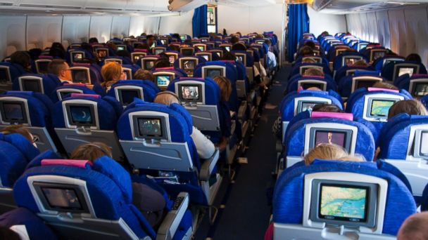 Should Members of Congress Be Forced to Fly Coach?