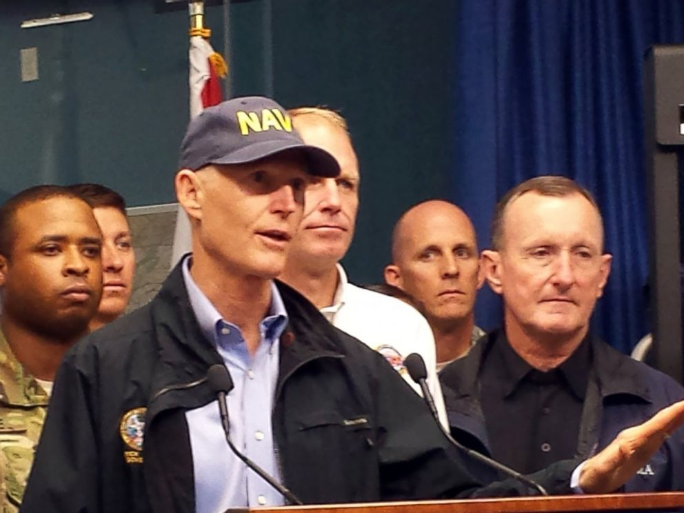 PHOTO: Florida Gov. Rick Scott holds a press conference, Oct. 7, 2016, in Tallahassee, Florida.