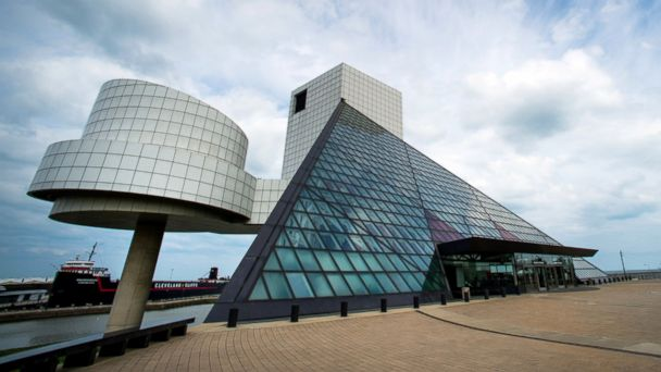 GTY rock and roll hall of fame sk 140708 16x9 608 15 Things to do in Cleveland at the 2016 Republican National Convention