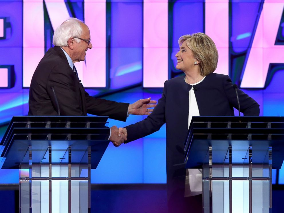 PHOTO: Democratic presidential candidates Sen. Bernie Sanders and Hillary Clinton shake hands at the end of a presidential debate at Wynn Las Vegas, Oct. 13, 2015 in Las Vegas.
