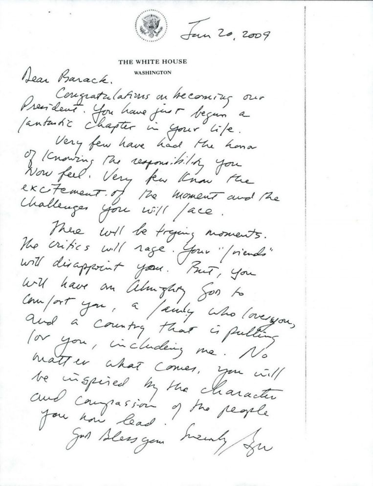 PHOTO: President George W. Bushs letter to President-elect Barack Obama in 2009.