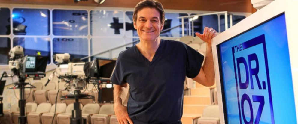 """PHOTO: Dr. Mehmet Oz, is pictured here in this undated photo, on his TV show """"The Dr. Oz Show."""""""