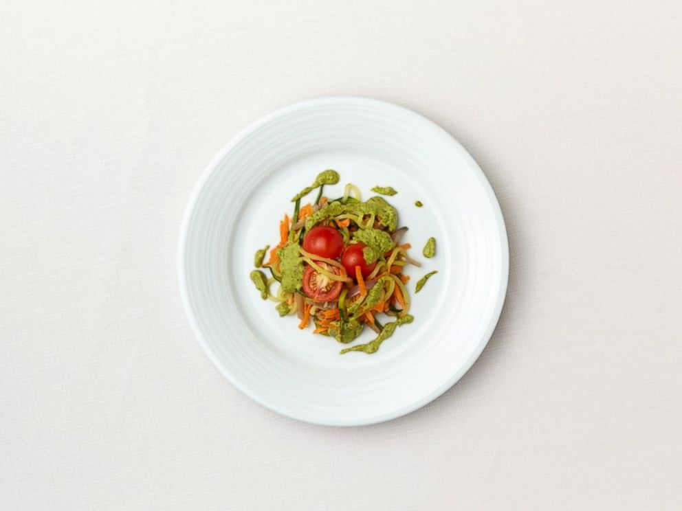 PHOTO: Nia Thomas, 10, from Arizona created the Oodles of Zoodles with Avocado Pistachio Pesto dish for the Kids State Dinner at the White House.