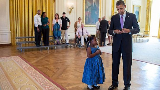 HT pete souza obama ml 130920 16x9 608 How President Obama Got A 5 Year Old Out Of Kindergarten