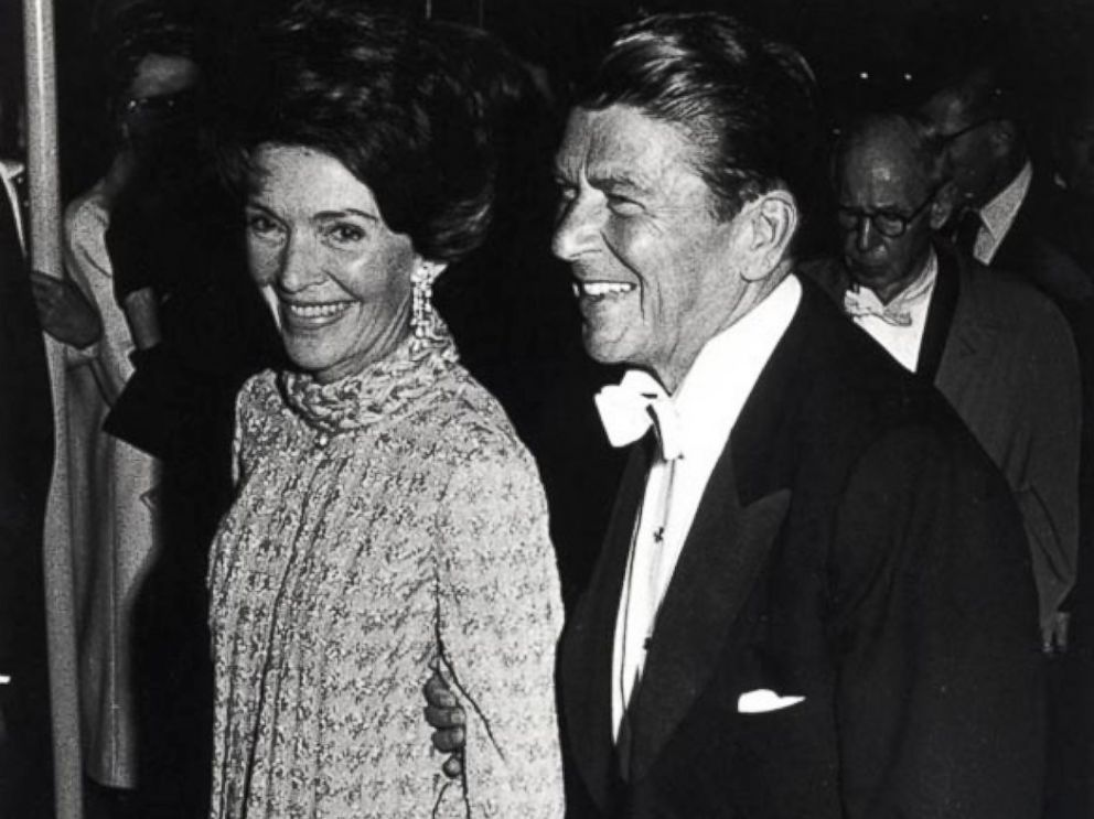 PHOTO: Governor Ronald Reagan and California first lady Nancy Reagan at the Governors inaugural Ball in Sacramento, Calif., January 1971.