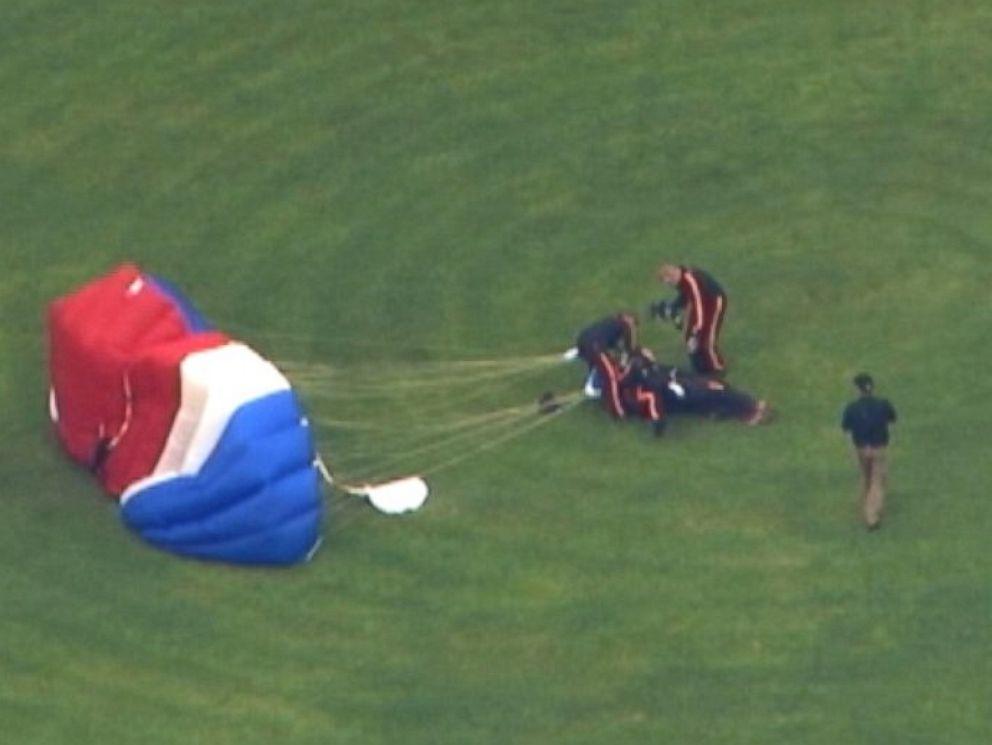 PHOTO: George H. W. Bush made his eighth parachute jump to mark his 90th birthday, June 12, 2014.