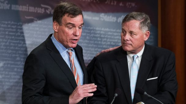 PHOTO: Senate Intelligence Vice Chair Mark Warner, D-Va., left, with Senate Intelligence Chairman Richard Burr, R-N.C.,at a news conference March 29, 2017, to provide an update on the committee's investigation of Russian interference in the 2016 election.