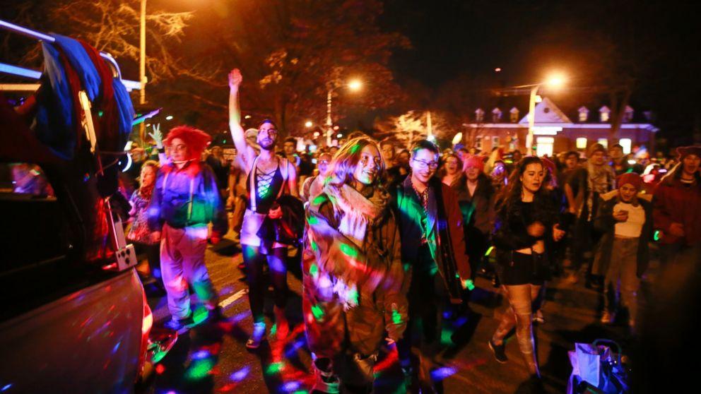 http://a.abcnews.com/images/Politics/POL-pence-dancers-ml-170119_16x9_992.jpg