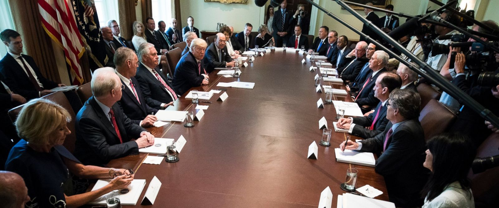 PHOTO: President Donald Trump meets with this cabinet in the Cabinet Room of the White House, in Washington, June 12, 2017.