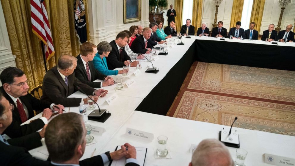 PHOTO: President Donald Trump hosts Republican senators to discuss health care legislation, at the White House, June 27, 2017.