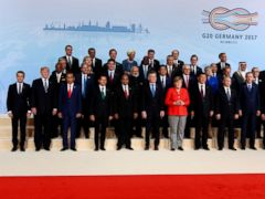 World leaders gather for G-20 group photo