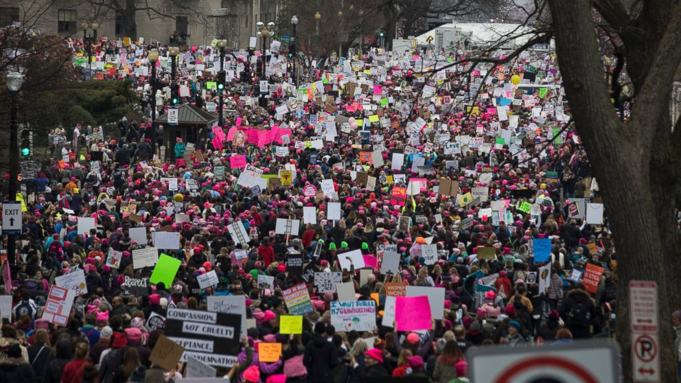 PHOTO: Thousands of participants converge on the Women's March on Washington, Jan. 21, 2017 in Washington, D.C.