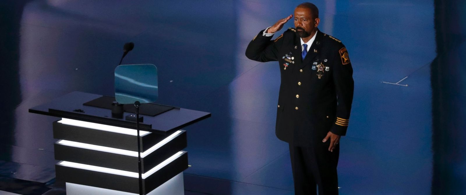 PHOTO: Milwaukee County Sheriff David Clarke salutes at the Republican National Convention in Cleveland, Ohio, July 18, 2016.