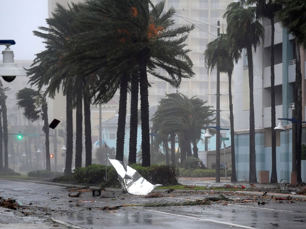 Hurricane Matthew Lashes Florida With 100 Mph Winds 2 Dead As Nearly 1 Million Lose Power Abc