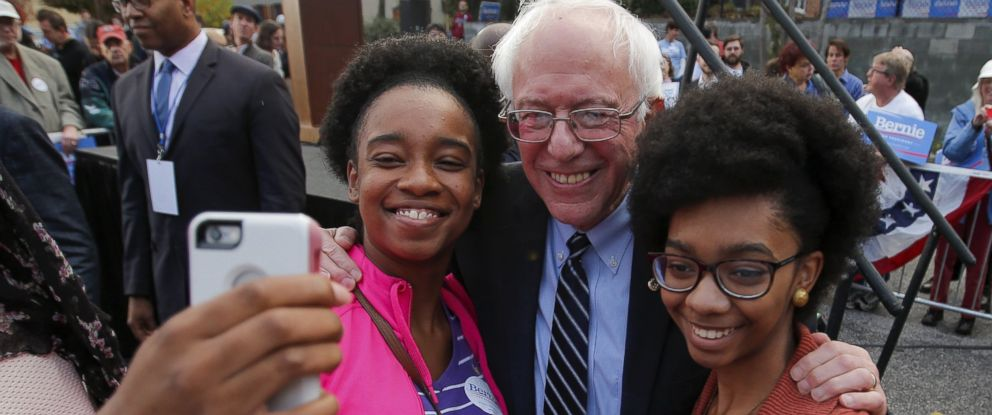 PHOTO: Democratic presidential candidate Bernie Sanders takes a selfie with supporters after a campaign rally at the South Carolina Democratic Party headquarters in Columbia, S.C., Nov. 21, 2015.
