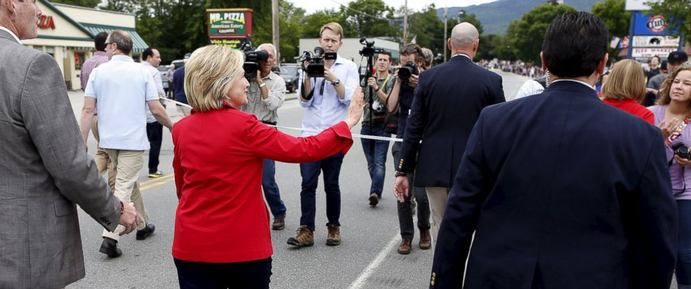 PHOTO: Former Secretary of State and Democratic candidate for president Hillary Clinton walks in the Fourth of July Parade in Gorham, N.H., July 4, 2015.