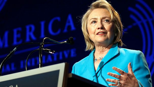 PHOTO: Former U.S. Secretary of State Hillary Clinton