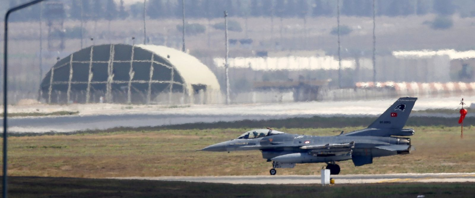 PHOTO: In this file photo, a Turkish Air Force F-16 fighter jet lands at Incirlik air base in Adana, Turkey, Aug. 11, 2015.