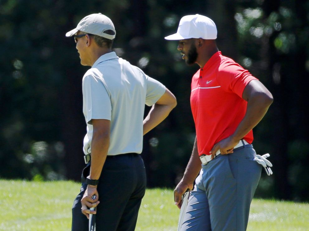 PHOTO: President Barack Obama and NBA basketball player Chris Paul of the Los Angeles Clippers play golf at Farm Neck Golf Club during Obamas annual summer vacation on Marthas Vineyard, in Oak Bluffs, Massachusetts, Aug. 7, 2016.